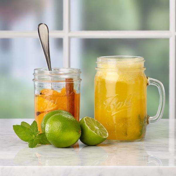 Ball Drinking Jar Regular sklenice s uchem 650 ml