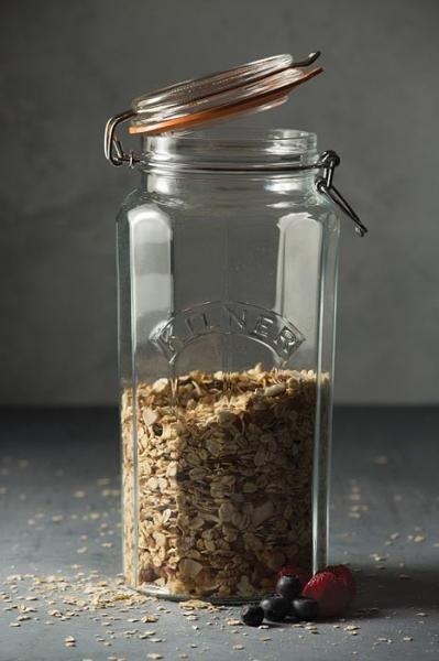 KILNER sklenice s klipem fasetový design 1,8l
